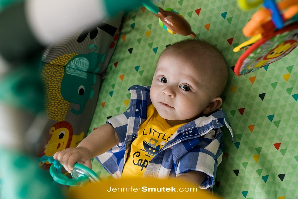 baby in play mat