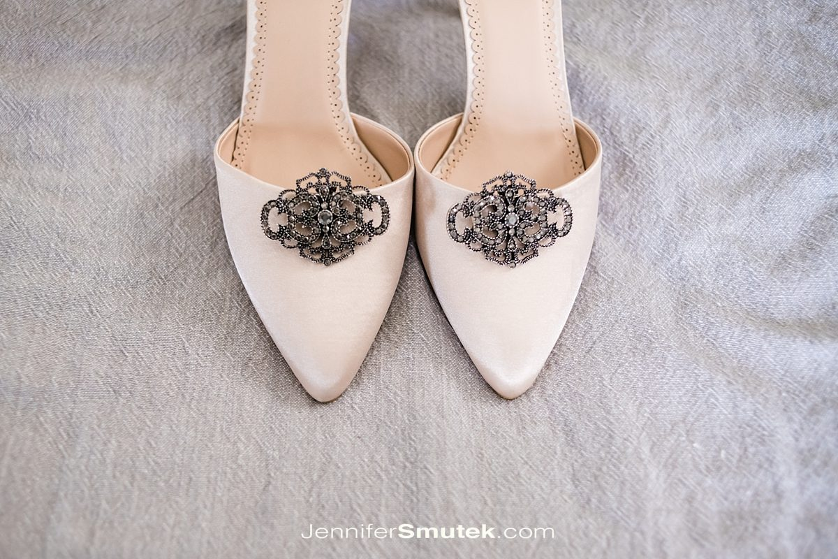 wedding shoes with vintage shoe clips