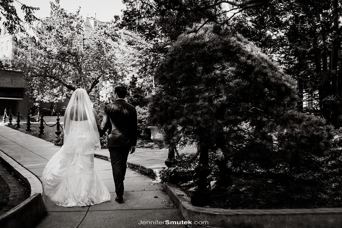 DC wedding photographer couple walking away