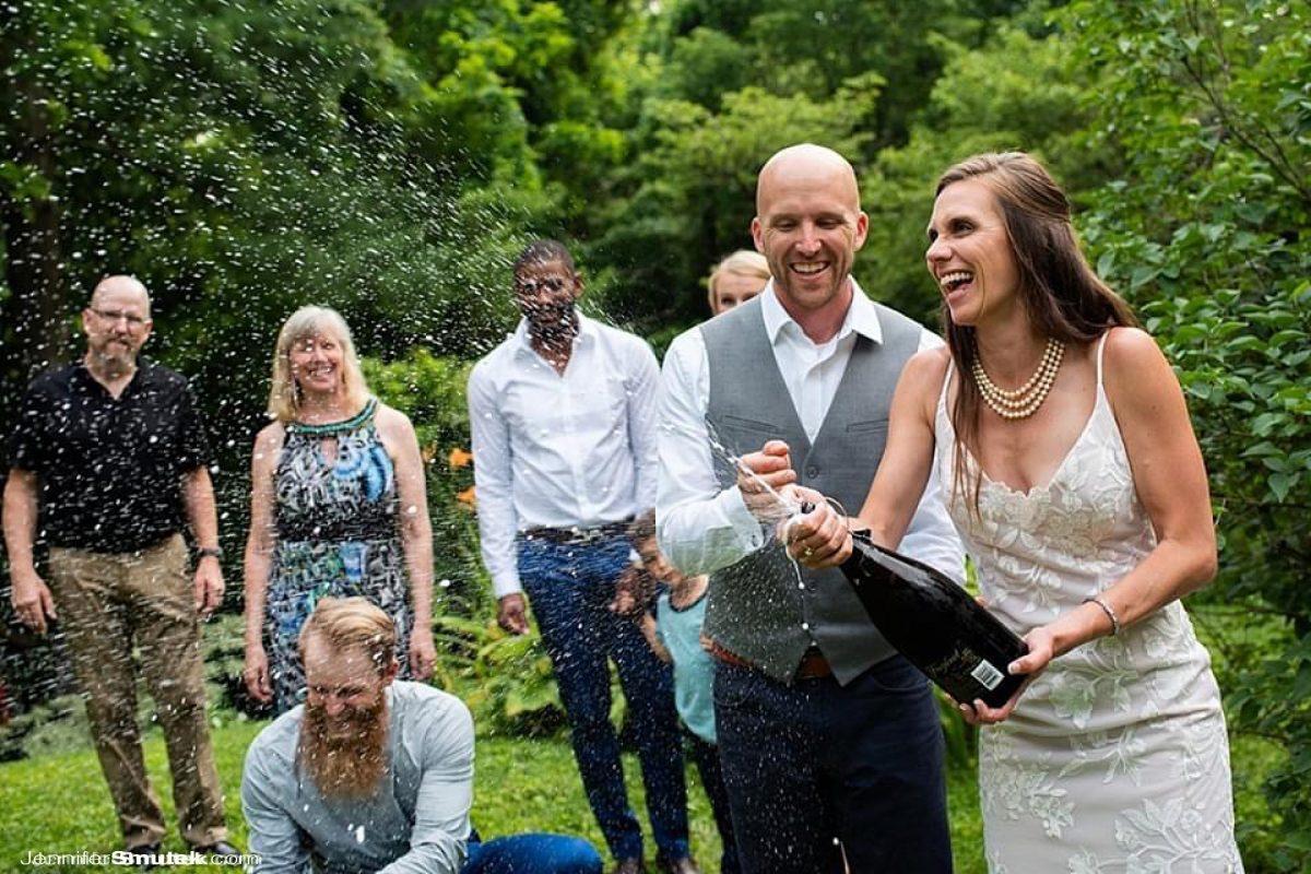 baltimore backyard wedding champagne toast