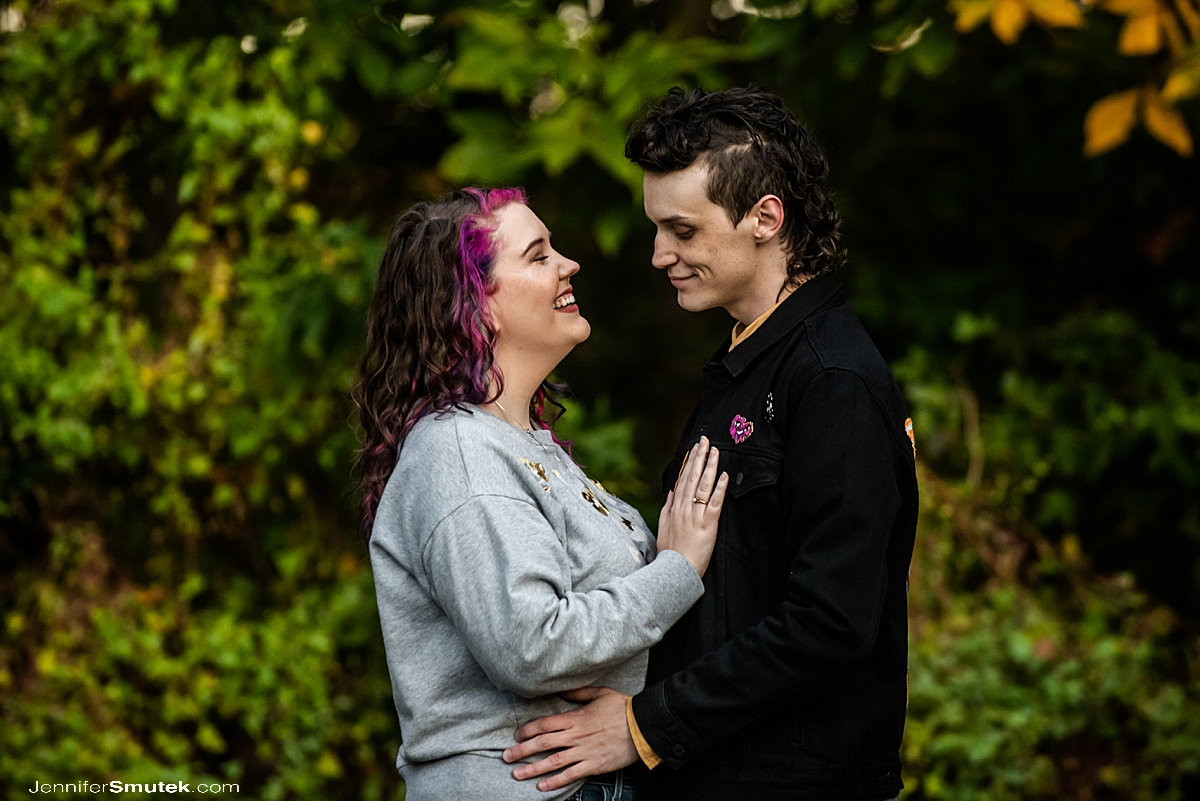 fall montpelier mansion engagement session