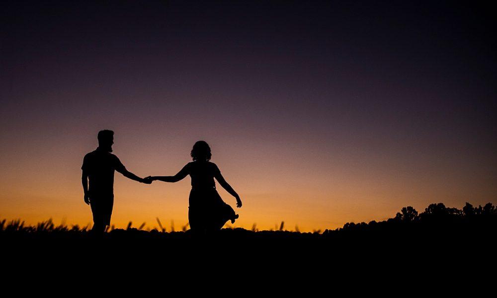 Mattie & Cole | Centennial Park Sunset Engagement Session